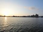 夕焼けと望湖楼